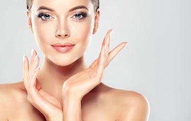 4 cara merawat wajah agar makin mulus, bersih, dan bersinar.