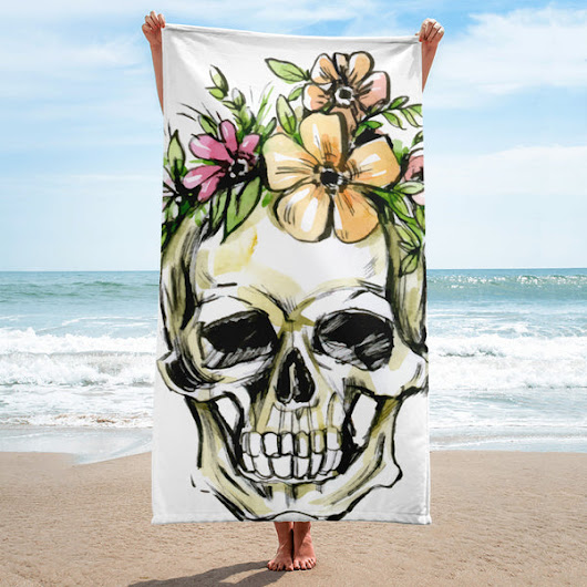 Skull Print Beach Towel