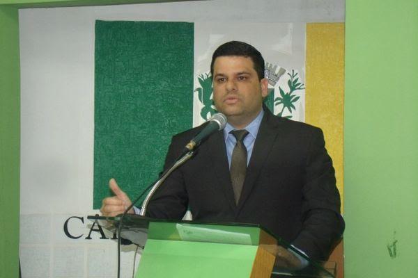 Presidente da Câmara de Arapiraca assina ordem de serviço para pavimentação