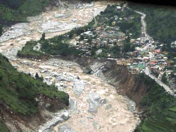गंगा में बढ़ रहा है 'सुपरबग', किनारे बसे शहरों पर मंडराया खतरा
