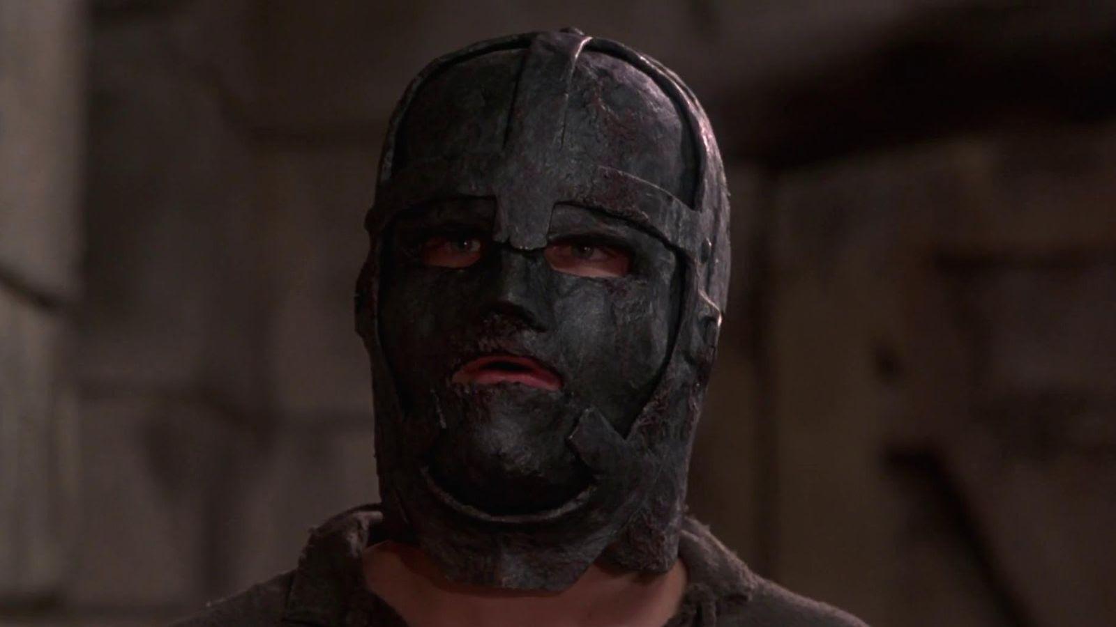Resultado de imagen de el hombre de la mascara de hierro