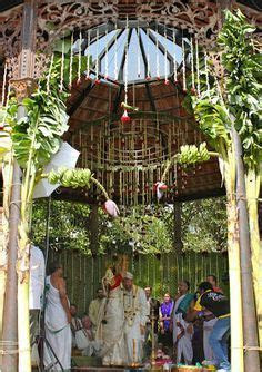 kerala wedding entrance banana and coconut decoration