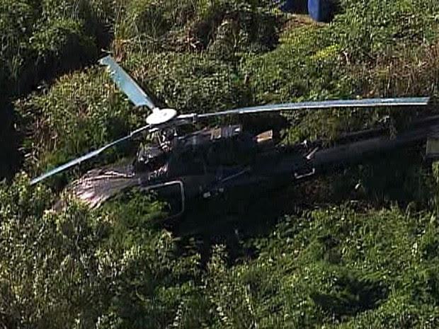 Aerovave caiu ao lado do heliponto no Morro da Urca (Foto: Reprodução/TV Globo)