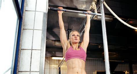 expert     hard  women   pull ups