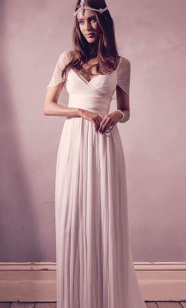 Anna Campbell Freja, $699 Size: 6   Sample Wedding Dresses