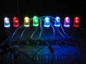 8 nối tiếp RGB dẫn điều khiển với PIC16F628