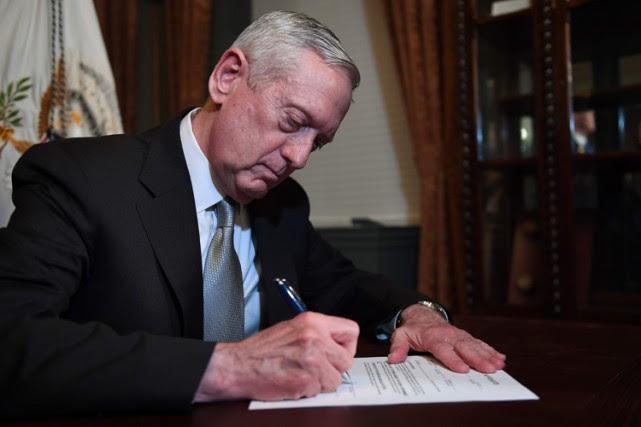James Mattis... (PHOTO AFP)