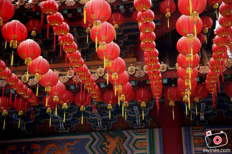 CNY-2010-THEAN-HOU-TEMPLE-more-lanterns