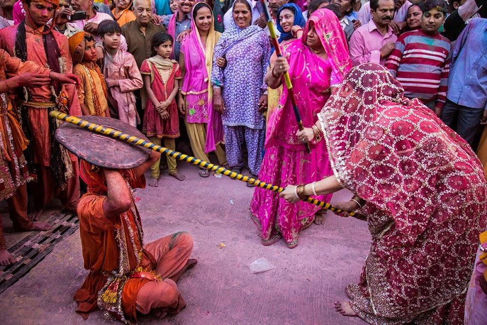 best-holi-celebrations-india_barsana
