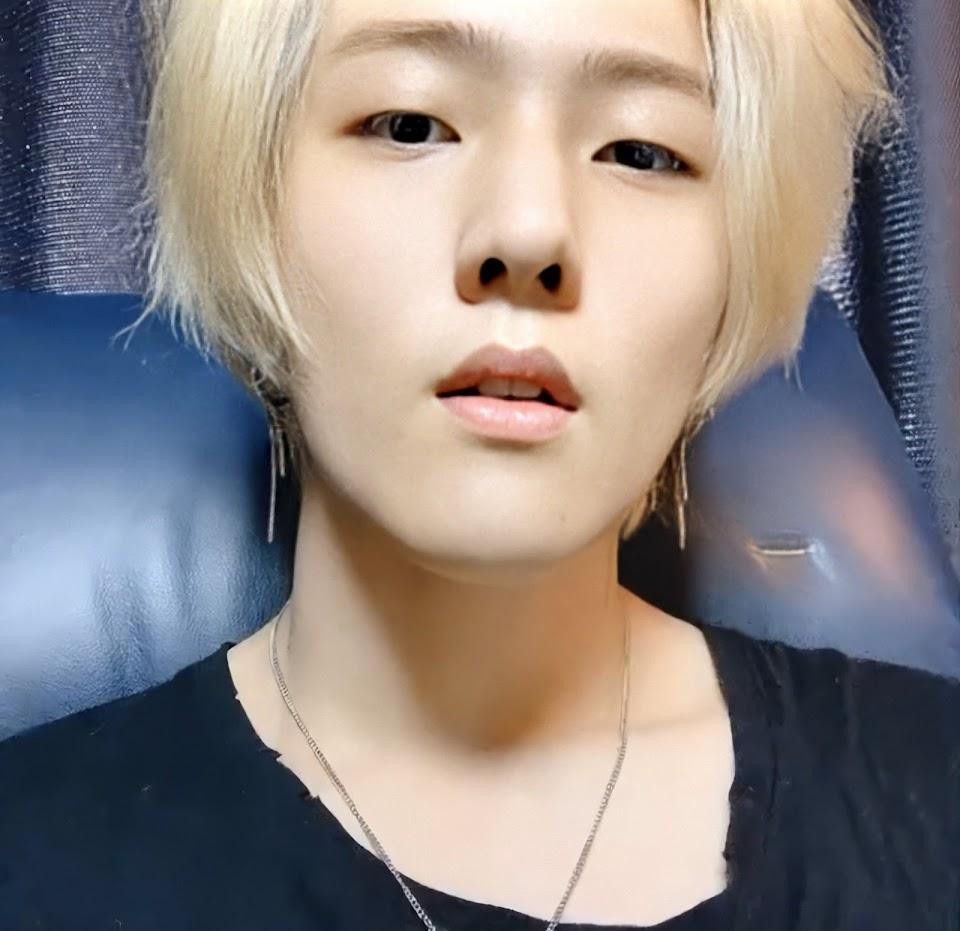 blonde dk