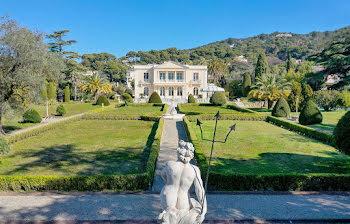 château à Cannes (06)