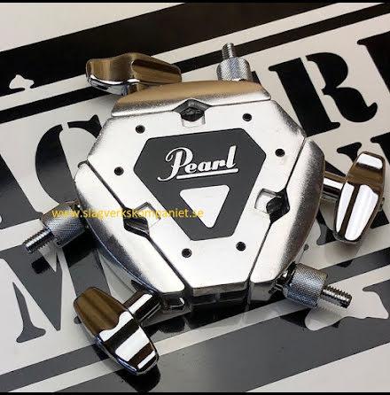 Pearl AX-38 - Trevägsklamp