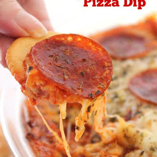 Easy Cheesy Pizza Dip
