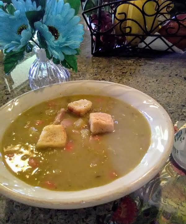 Hearty Ham And Pea Soup With Bacon And Croutons Has So Much Flavor And Is So Good! All Of The Ingredients Just Work Together To Make A Filling, Delicious Soup!