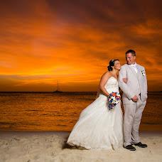 Wedding photographer Kenneth Theysen (theysen). Photo of 11.09.2015