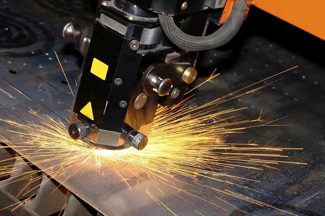 RADAN (РАДАН) — комплексное, многофункциональное CAD/CAM решение для обработки листового металла.