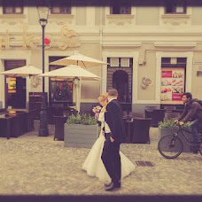 Wedding photographer Cuhartz Dragos (dragos). Photo of 05.07.2014