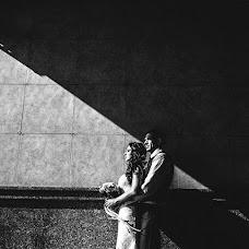 Wedding photographer Dmitriy Besov (Zmei99). Photo of 09.10.2017