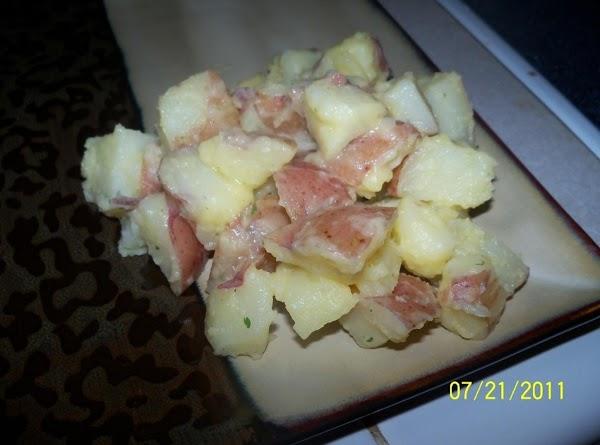 Family Favorite Garlic Butter Potatoes Recipe