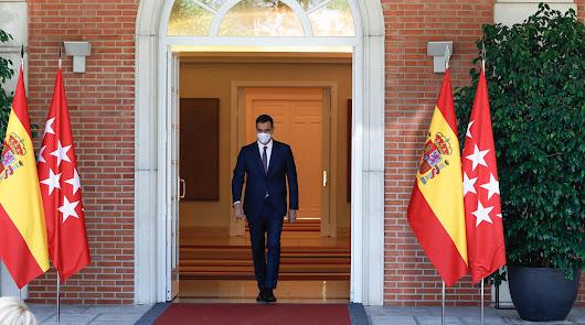 """Sánchez """"pasa"""" de Podemos"""
