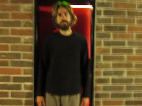 Photo: vous connaissez ma carrure légendaire? imaginez la largeur de la porte de notre chambre