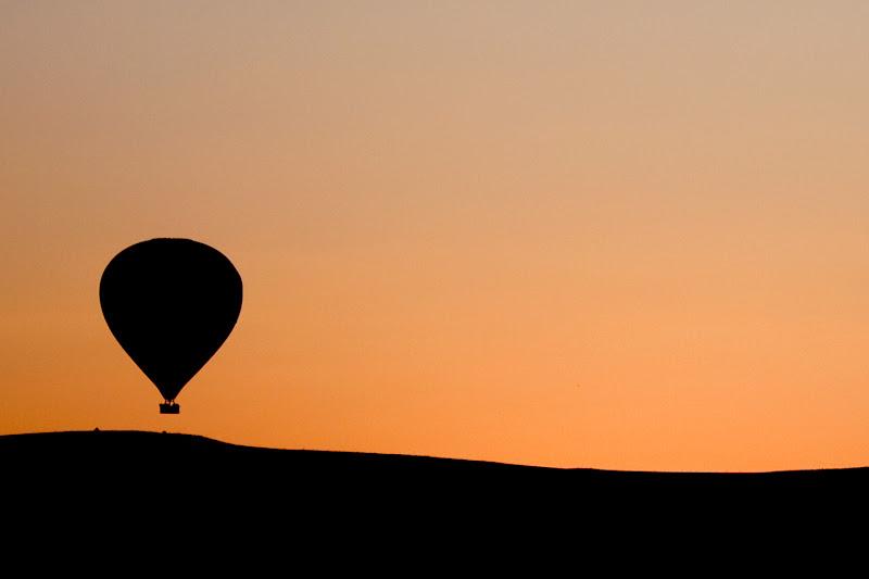 Alba in Cappadocia di Simone Sartorelli