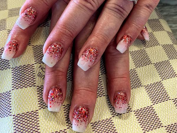 Pure Nails & Spa