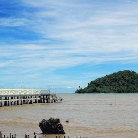 To the Island by Mulawardi Sutanto - Buildings & Architecture Bridges & Suspended Structures ( kalimantan, pontianak, bagus, island, penibung, cakep, bridge, travel, dermaga )