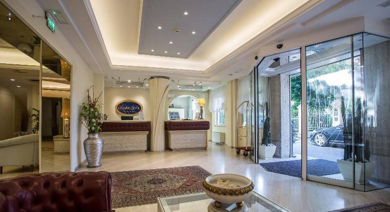 Hotel Luna Riccione e Aqua Spa