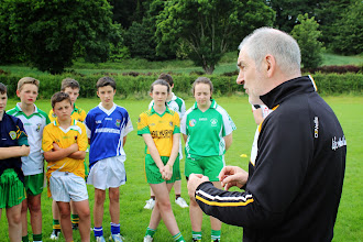 Photo: Mickey Hare chats to Campa Chormaic kids including Jamie Lynch
