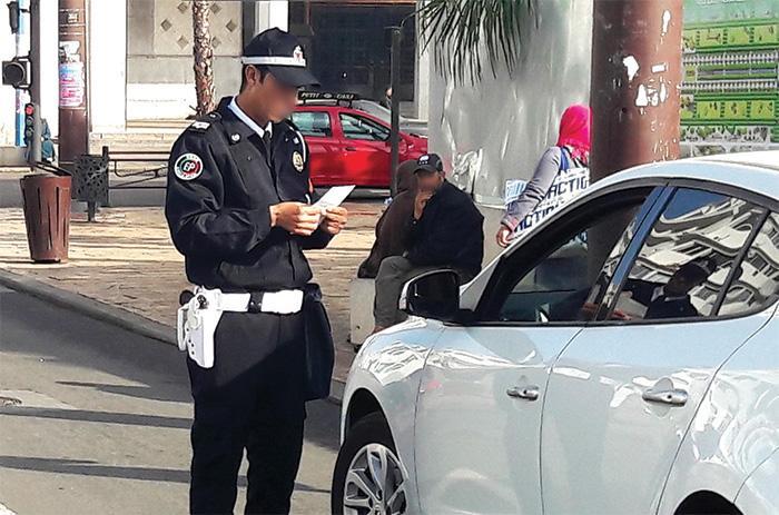 """Résultat de recherche d'images pour """"arrestation de la police corruption"""""""