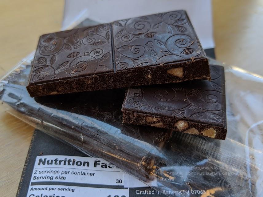 70% brooklyn born chocolate banana cashew bar