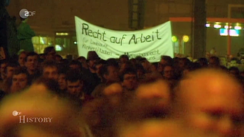 Demonstranten, Transparent «Recht auf Arbeit».
