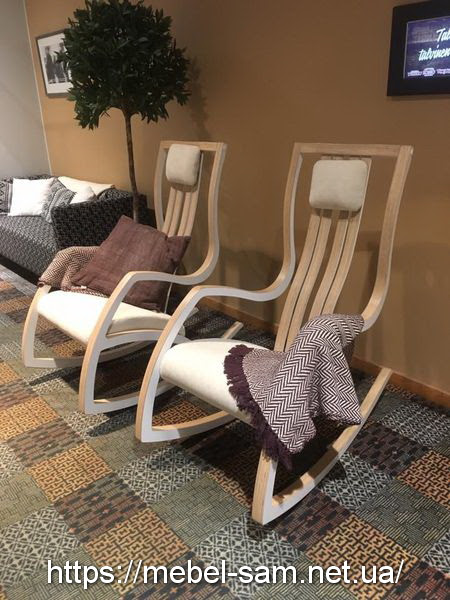 Кресло из фанеры в интерьере