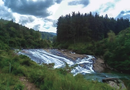 Sudugala Falls