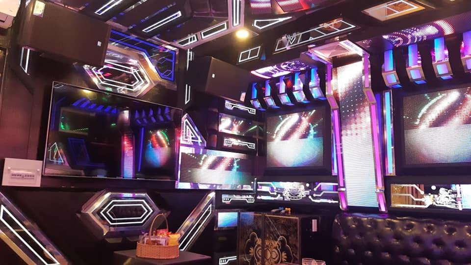 Công trình thi công âm thanh karaoke chuyên nghiệp tại Karaoke White Star