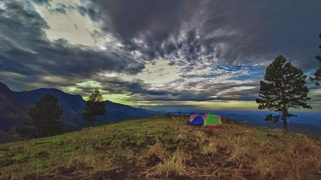Wangedigala Mountain