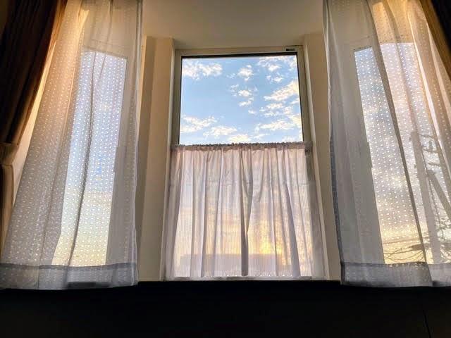 窓からの空2