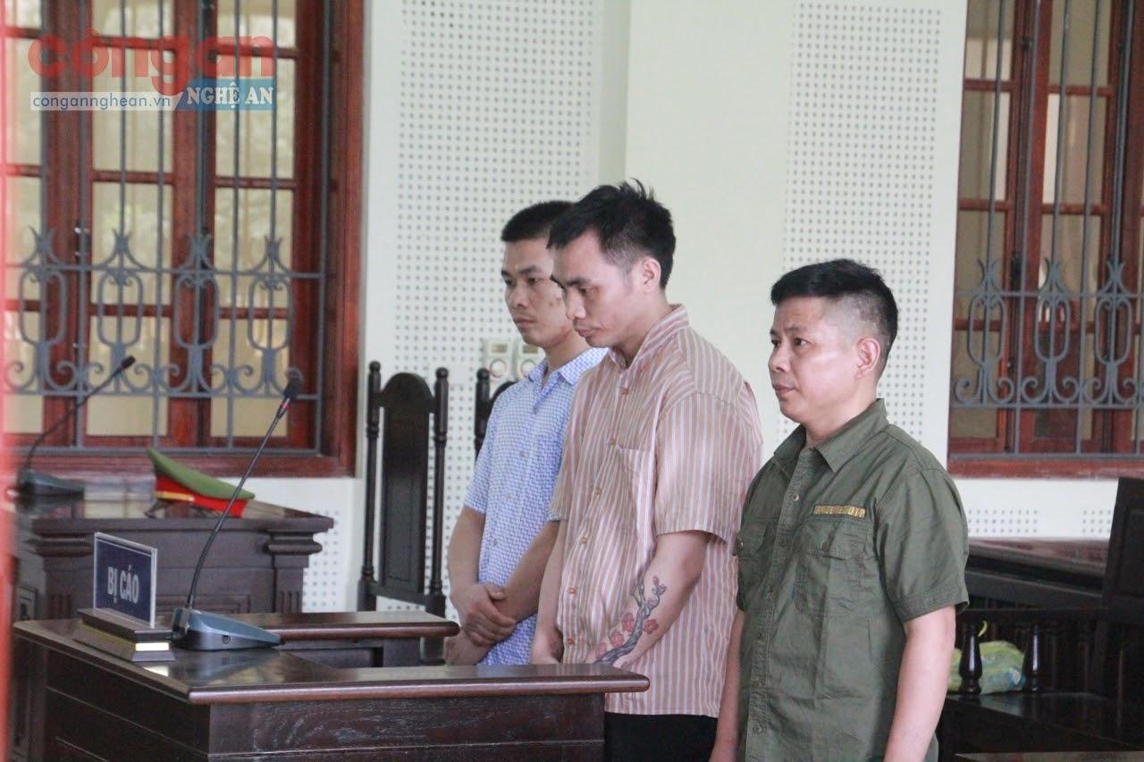 Ba bị cáo tại phiên tòa