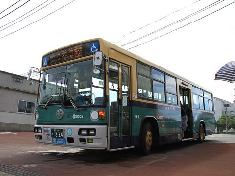 西鉄 愛宕浜 9002 青バス復刻塗装車 能古渡船場にて