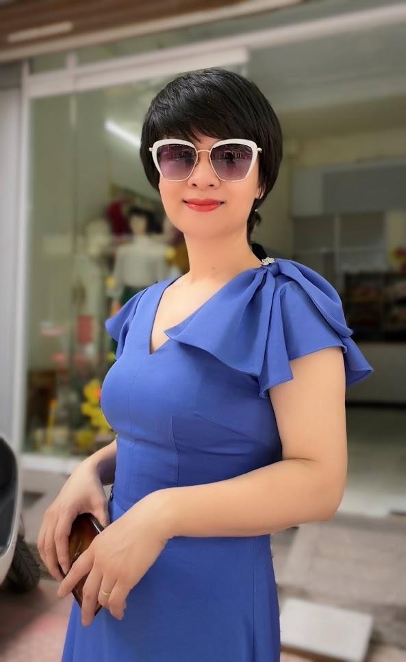 váy xòe midi công sở dạo phố thời trang thủy thái bình