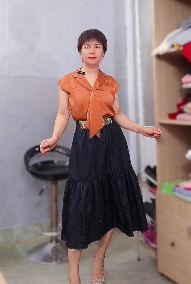 áo bám vai và phối đồ 2 kiểu váy xòe midi v763 thời trang thủy hà nội