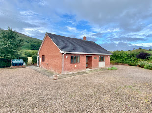 Detached bungalow for sale