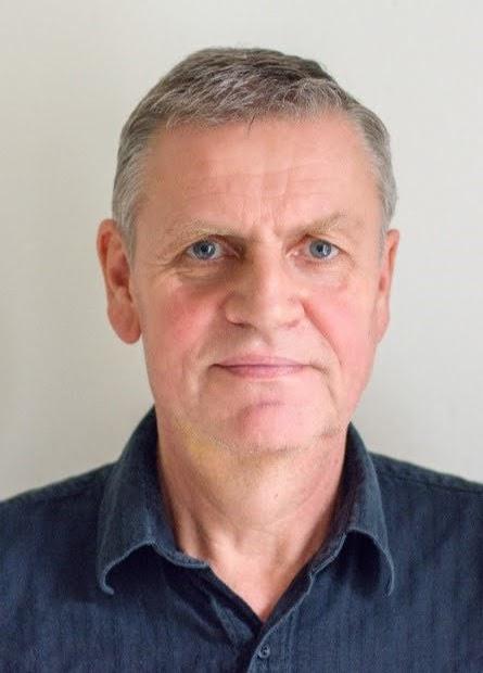 Pavel Hlaváč, dipl. um.