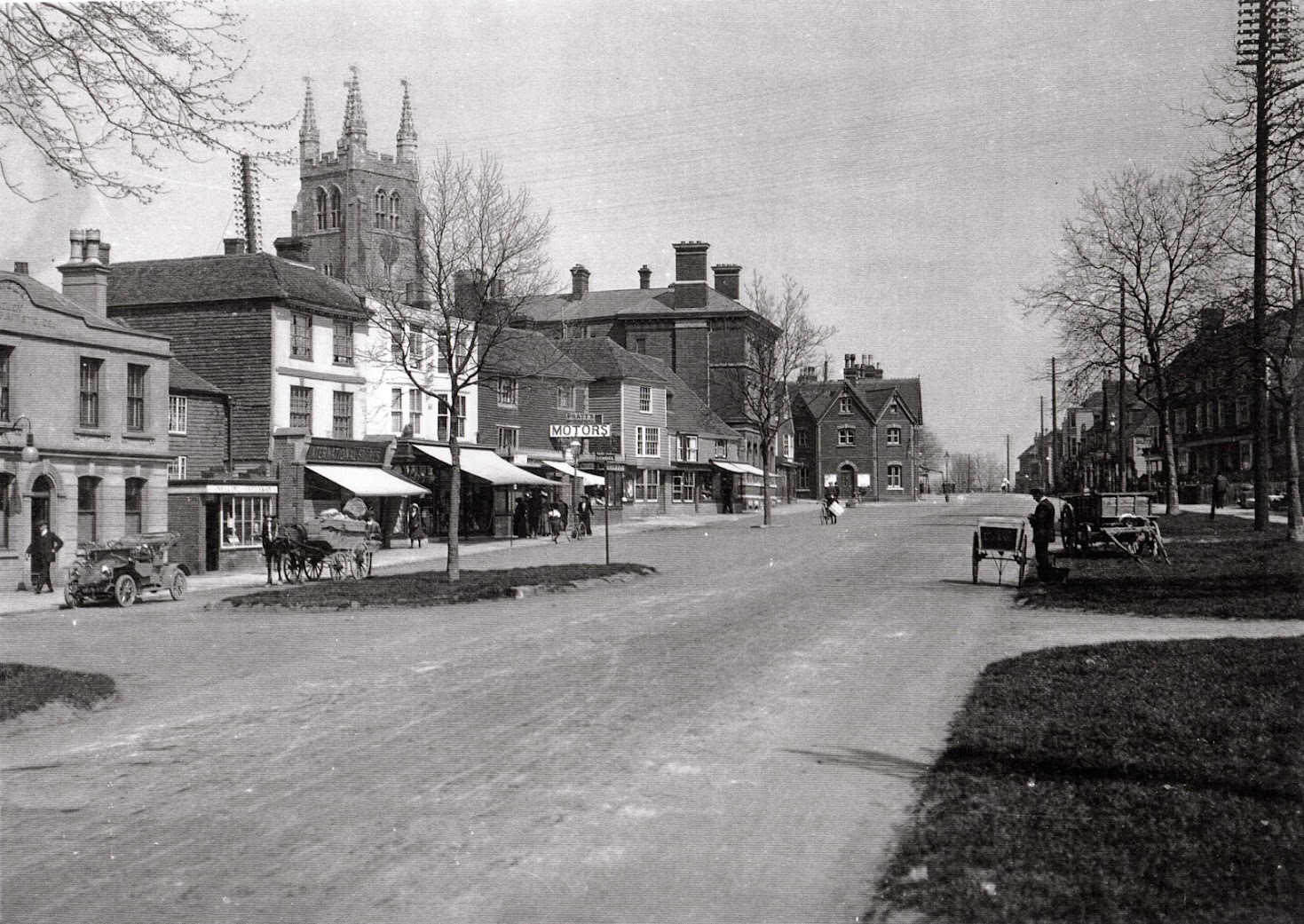 Tenterden High Street in 1912, photo taken during solar eclipse