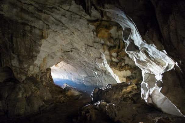Cave-of-Pellumbas-Tirana