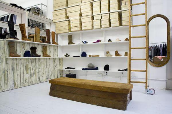 già trưng bày giày