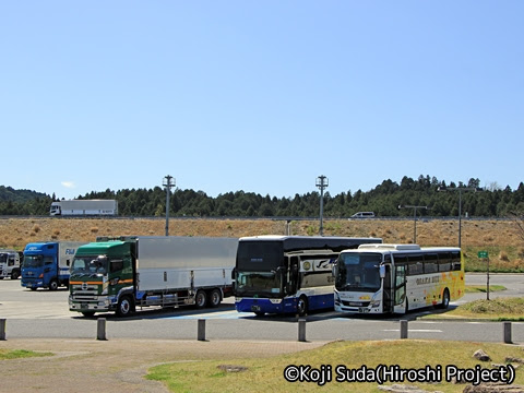 JRバス関東「グラン昼特急8号」 ・・12 甲南パーキングエリアにて_01