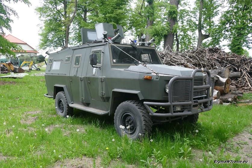 eksponaty Prywatnego Muzeum Techniki Wojskowej