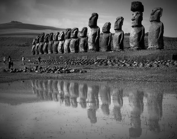 Thói quen xài đồ gỗ và bài học từ sự sụp đổ xã hội của đảo Phục sinh